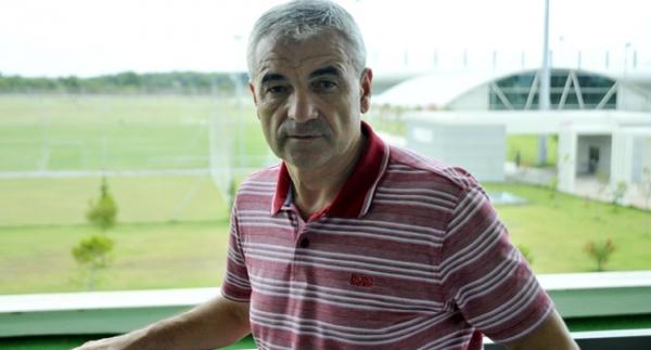 Trabzonspor, Çalımbay'ı resmen açıkladı
