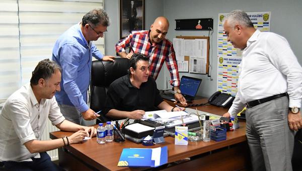 Ankaragücü, Aykan Atik ile yeniden çalışacak!