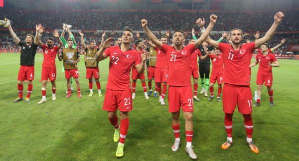 A Milli Futbol Takımı'nda mesai başlıyor