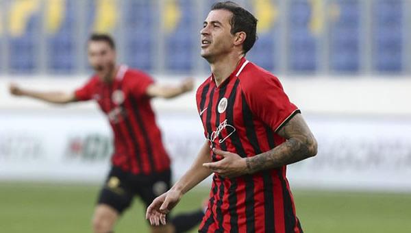 Stancu ve Sio'dan 16 gol
