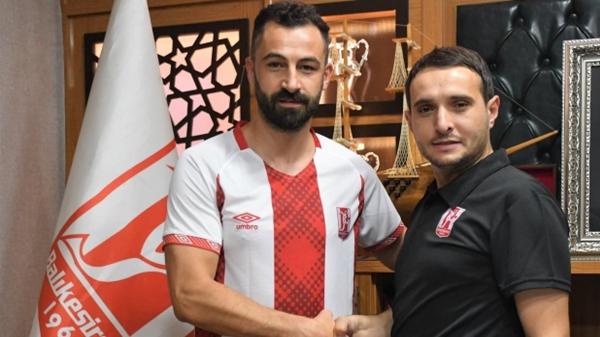 Balıkesirspor, 4 futbolcusuyla tekrar anlaştı