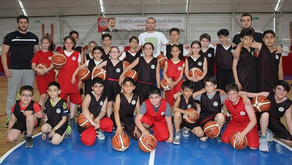Etimesgut Belediyespor, basketbol takımını kurdu