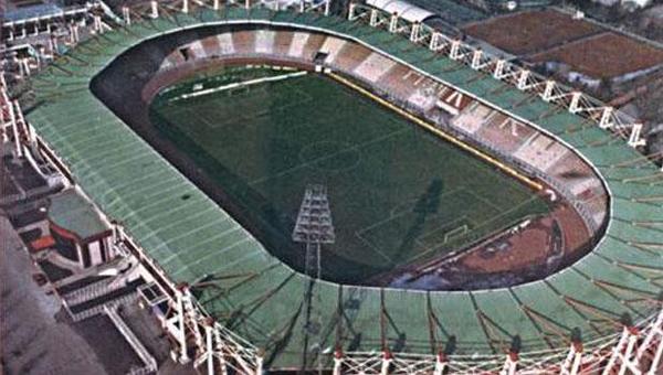 19 Mayıs Stadı yıkılıyor...