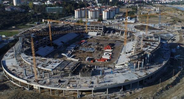 Çotanak Stadı yükseliyor