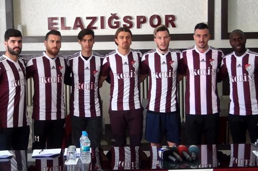 Elazığspor'da 7 imza!