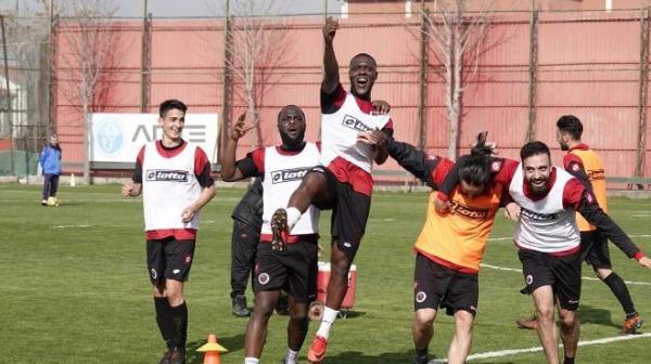 Gençlerbirliği Akhisarspor'a hazırlanıyor