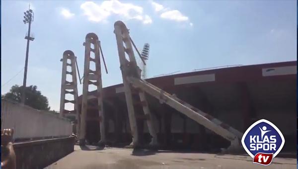 19 Mayıs Stadı yıkımında görsel şov
