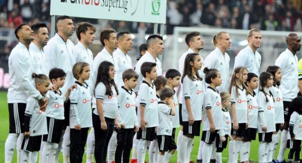 Beşiktaş Süper Lig'deki 2000. maçına çıktı