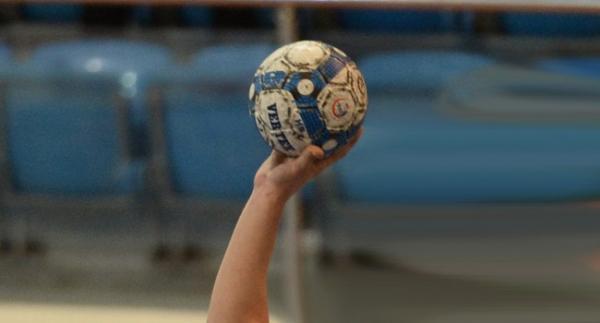 Hentbol Kadınlar Süper Lig'de şampiyon belli oluyor