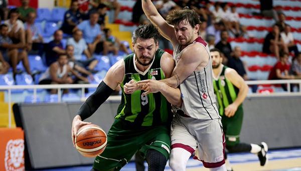 İTÜ Basket, 13 sezon sonra Süper Lig'in kapısında