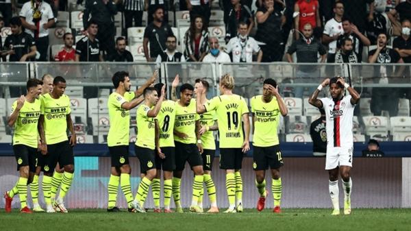 Beşiktaş ilk maçında mağlup