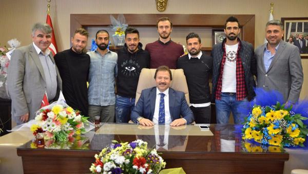 Ankaragücü oyuncularından, Yiğiner'e tebrik ziyareti