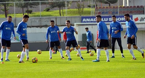 Trabzonspor'a 3 futbolcudan iyi haber
