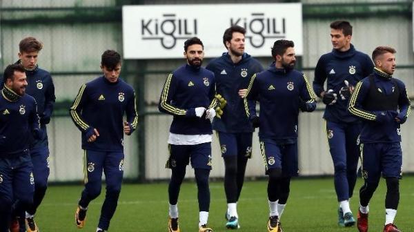 Fenerbahçe 8 eksikle çalıştı!