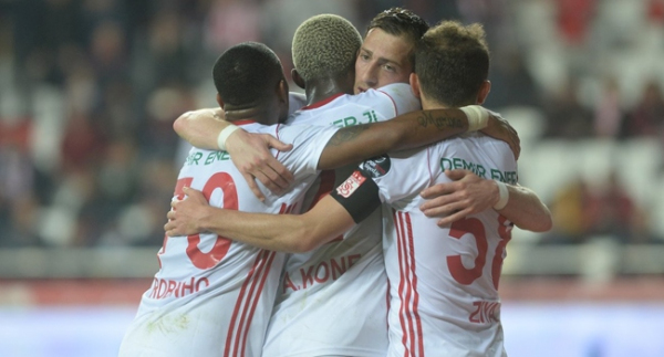Sivasspor ligdeki 150. galibiyetine ulaştı