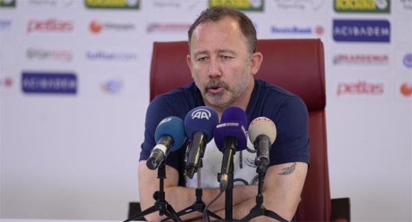 Sergen Yalçın: Konyaspor'da kalmak isterim