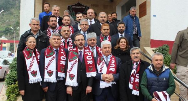 Bakan Kasapoğlu'ndan Hatayspor'a müjde