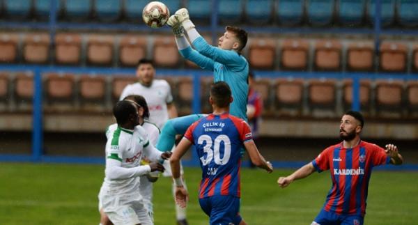 Karabükspor 13 maç sonra puanla tanıştı