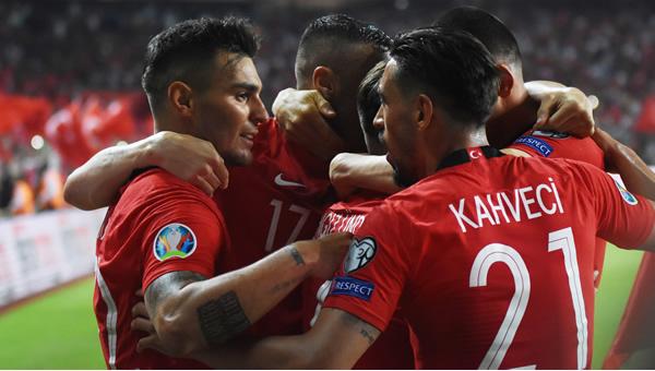 A Milli Takım, FIFA sıralamasında iki basamak yükseldi