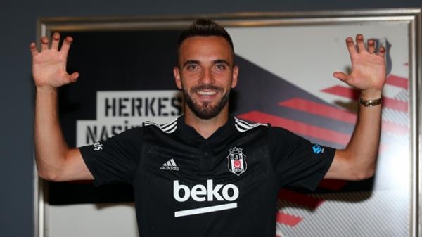 Beşiktaş üçüncü transferini resmen duyurdu