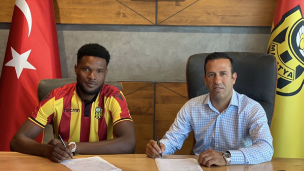 Yeni Malatyaspor Tetteh ile 4 yıllık sözleşme imzaladı