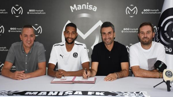 Manisa FK'da iki transfer birden