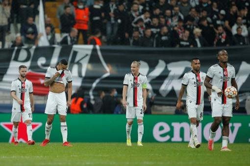 Beşiktaş: 1 Sporting Lizbon: 4