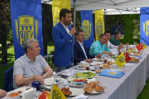 Ankaragücü belediye başkanlarını misafir etti