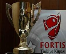 Fortis hakemleri Müftüoğlu ve Özkahya