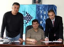 Erkan Sözeri imza attı
