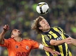 F.Bahçe derbide Galatasaray'ı devirdi