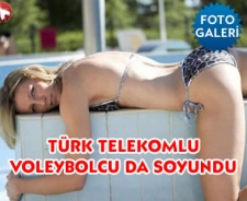 Türk Telekomlu voleybolcu da soyundu
