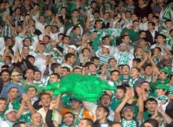 Bursaspor taraftarı barışı sevdi