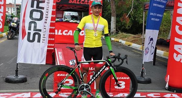 Ege Bisiklet Turu'nda Örken birinci oldu