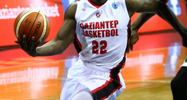 Gaziantep Basketbol'da parola 22