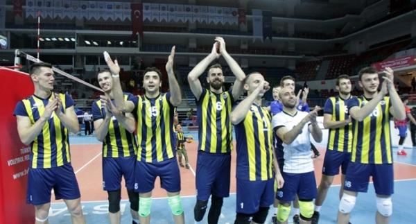 Fenerbahçe avantaj için İtalya'da