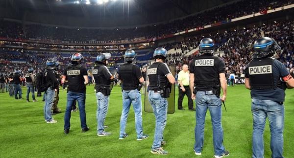 Beşiktaş ve Lyon'un cezası belli oldu