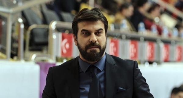 Fenerbahçe, Fırat Okul'a emanet