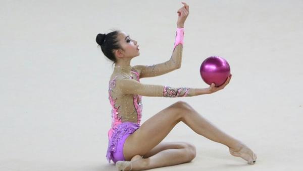 Genç cimnastikci destek bekliyor