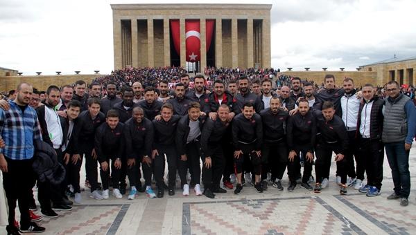 Gençlerbirliği, Ata'nın huzuruna çıktı