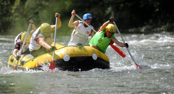 Raftingde büyük başarı