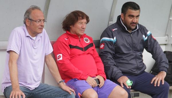 Murat Cavcav yakın takipte