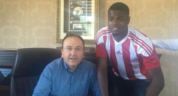 Sivasspor'a Monacolu sol bek