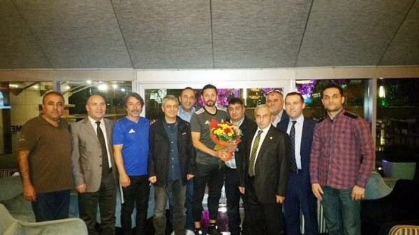 E. Yeni Malatyaspor'a Ankara'daki Malatyalılardan yoğun ilgi