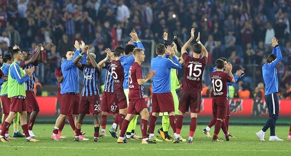 Trabzonspor'da santrforlar, geçen sezonu yakaladı