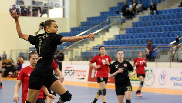Yenimahalle, EHF Kupası'na veda etti
