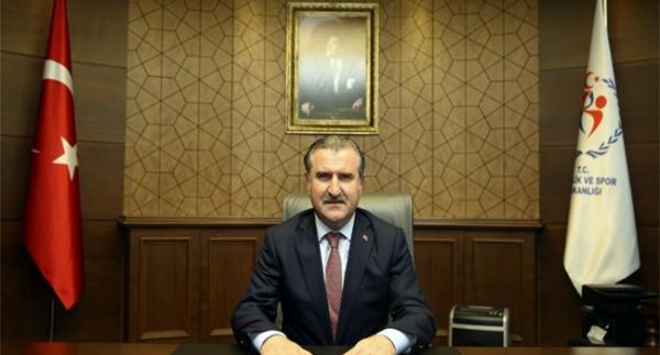 Bakan Bak'tan 10 Kasım mesajı