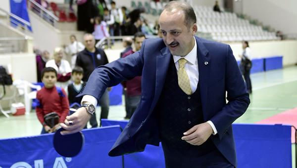 Mesut Akgül'den 22 milyon TL'lik spor tesisi yatırımı