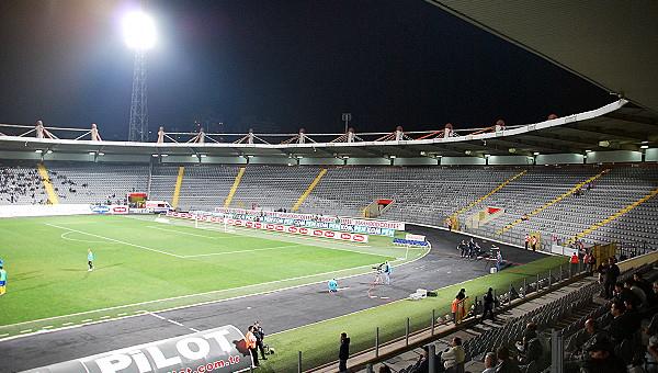 19 Mayıs Stadı yıkılıyor mu?