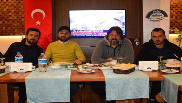 Ankaragücü'nde başarısını yemekle kutladı.